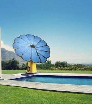 Smartflower : solar rose – the sun hunter