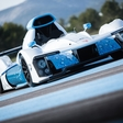 The first no pollutant hydrogen fuel cell race car
