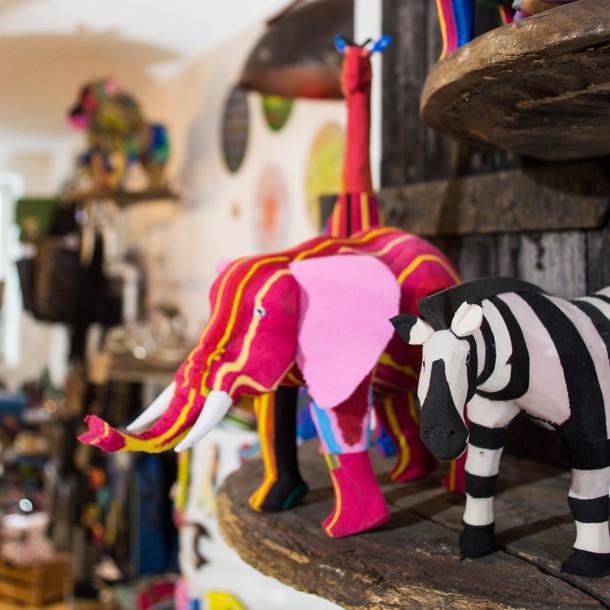 store_flipflop_animals