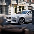 Volvo reveals their premium sedan S90