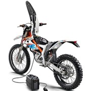 freeride_e-xc_charging_02_gallery960x700