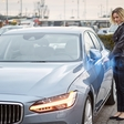World's first car manufacturer to offer cars without keys