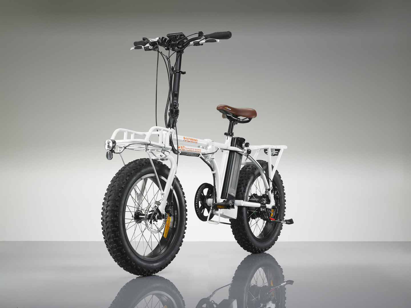 radmini electric folding fat bike one for all your needs. Black Bedroom Furniture Sets. Home Design Ideas