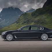 bmw-740e-iperformance-1