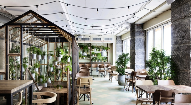 Väkst, a hip restaurant with a green secret
