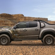 chevrolet-colorado-zh2-fuelcell-electricvehicle-003