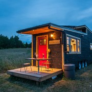 tiny-house-right-side-1200x660