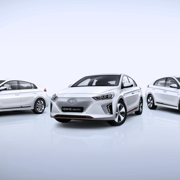 Hyundai Ioniq PHEV is expected in the second half of 2017.