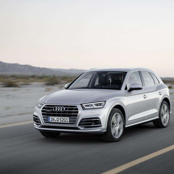 Audi Q5 E-Tron, the smaller version of hybrid Audi Q7 E-Tron, is expected in the first half of 2017.