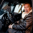 World premiere: Arnold Schwarzenegger talks enthusiastically about electrified offroad vehicle