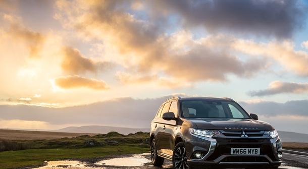 Mitsubishi Outlander PHEV arrives stronger and with longer range