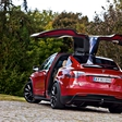 Tesla Model X: Dazzled by the WINGS