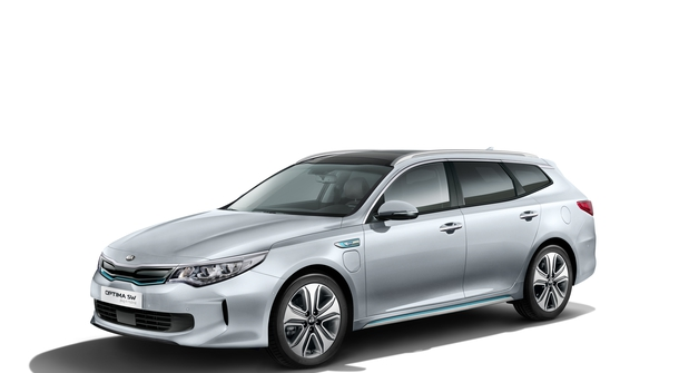 Kia is expanding its plug-in hybrid fleet, appearing with plug-in hybrid versions of Optima Sportswagon and Niro in Geneva