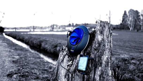 Miniaturna hidroelektrarna za polnjenje elektronskih naprav