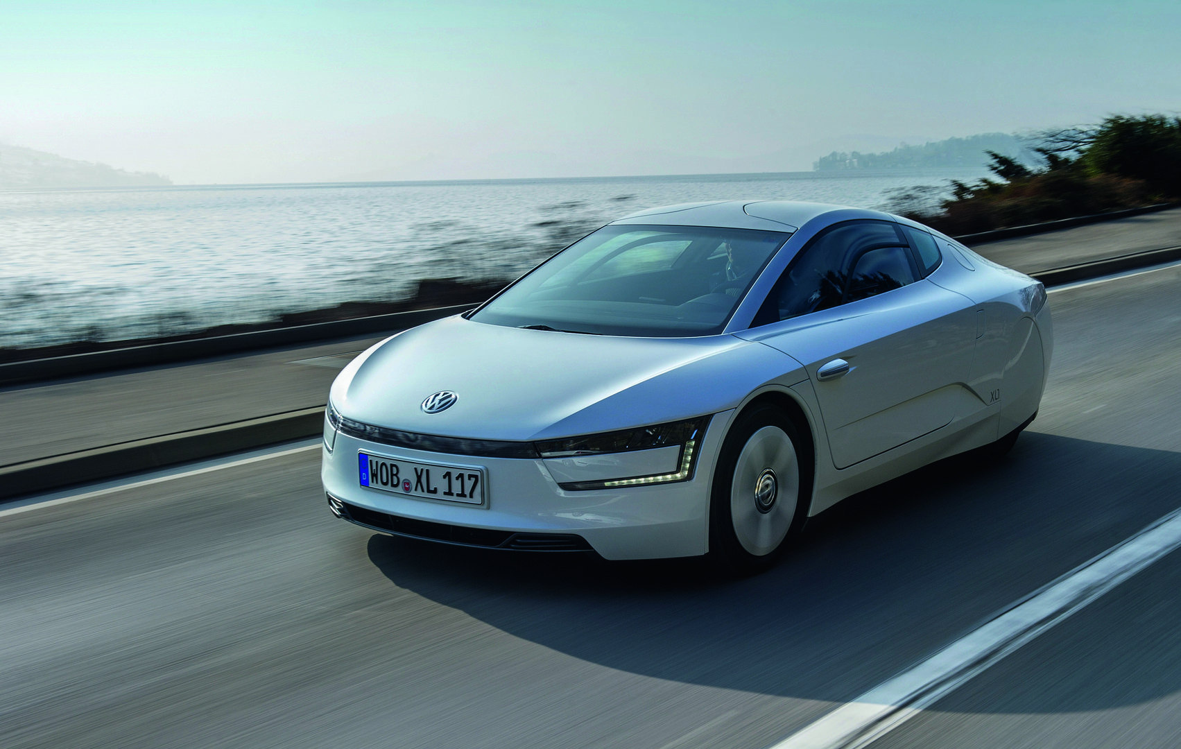 volkswagen xl1 ev catalogue plugin. Black Bedroom Furniture Sets. Home Design Ideas
