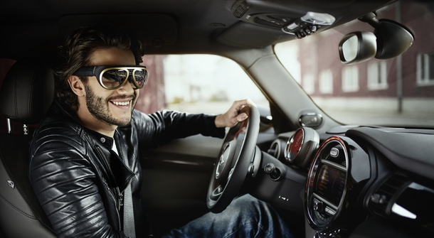 Mini's Safe Driving Glasses