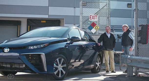 Toyota Mirai powered by cow manure