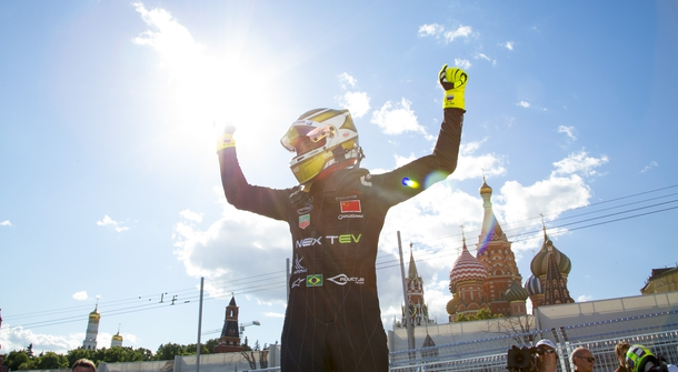 Formula E: Piquet increases lead