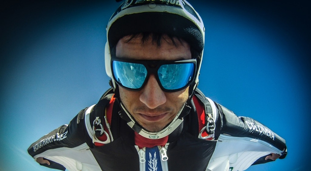 World record BASE jumper Jhonatan Florez dies during preparations