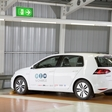 Self-Parking, Self-Charging e-Golf