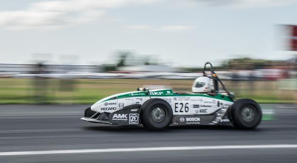German Uni students claim the 0-100km/h accelaration record