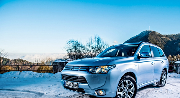 Mitsubishi Outlander PHEV: Success Story