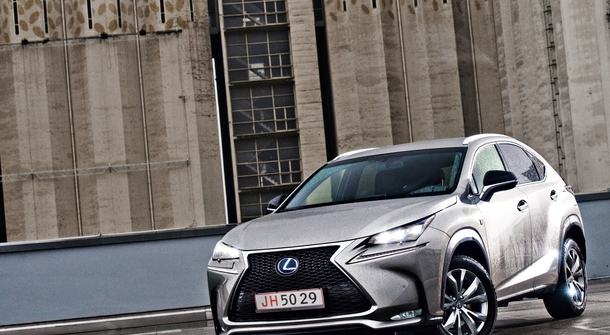Lexus NX 300h: Knowledge & Tradition