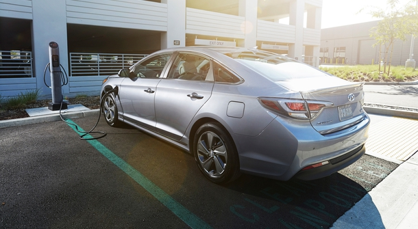 The first plug-in hybrid from Hyundai