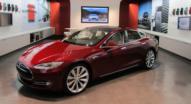 Tesla recalls 90,000 Model S sedans
