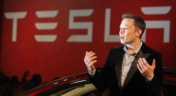 """Elon Musk: Teslas Will """"Project"""" Your Phone's Apps Onto Center Display"""