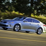 kia-optima-phev-5