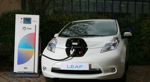 Nissan's European office dubbing as a large electric car