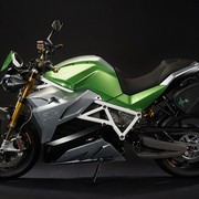 energica-eva-the-electric-streetfighter-in-electric-green-configuration
