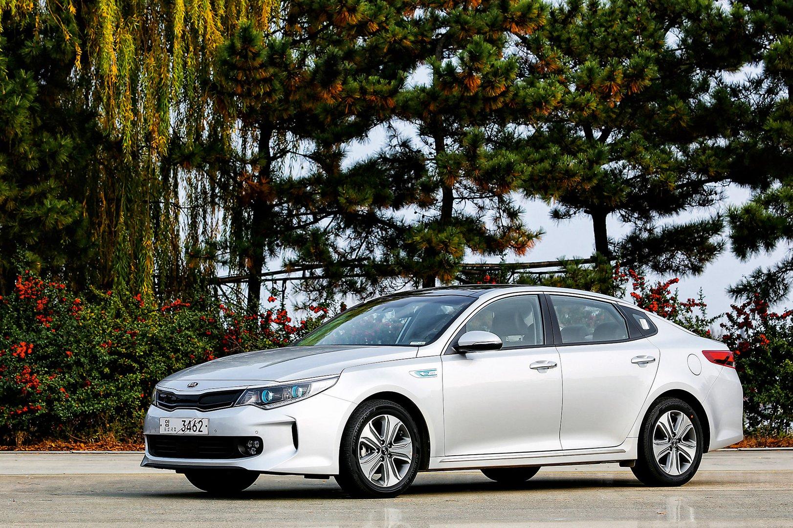 Kia Optima Hybrid Eco Friendly