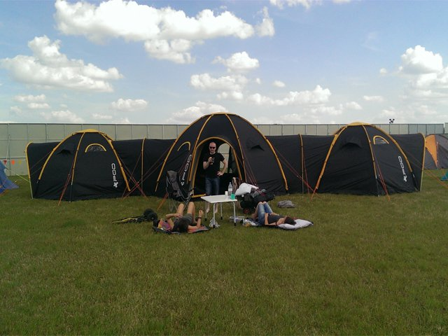pod-tents-maxi3minis-3 & POD Tents: the next evolution in social camping - Living - Plugin ...