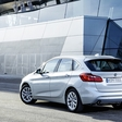 BMW 225xe Active Tourer: Descending