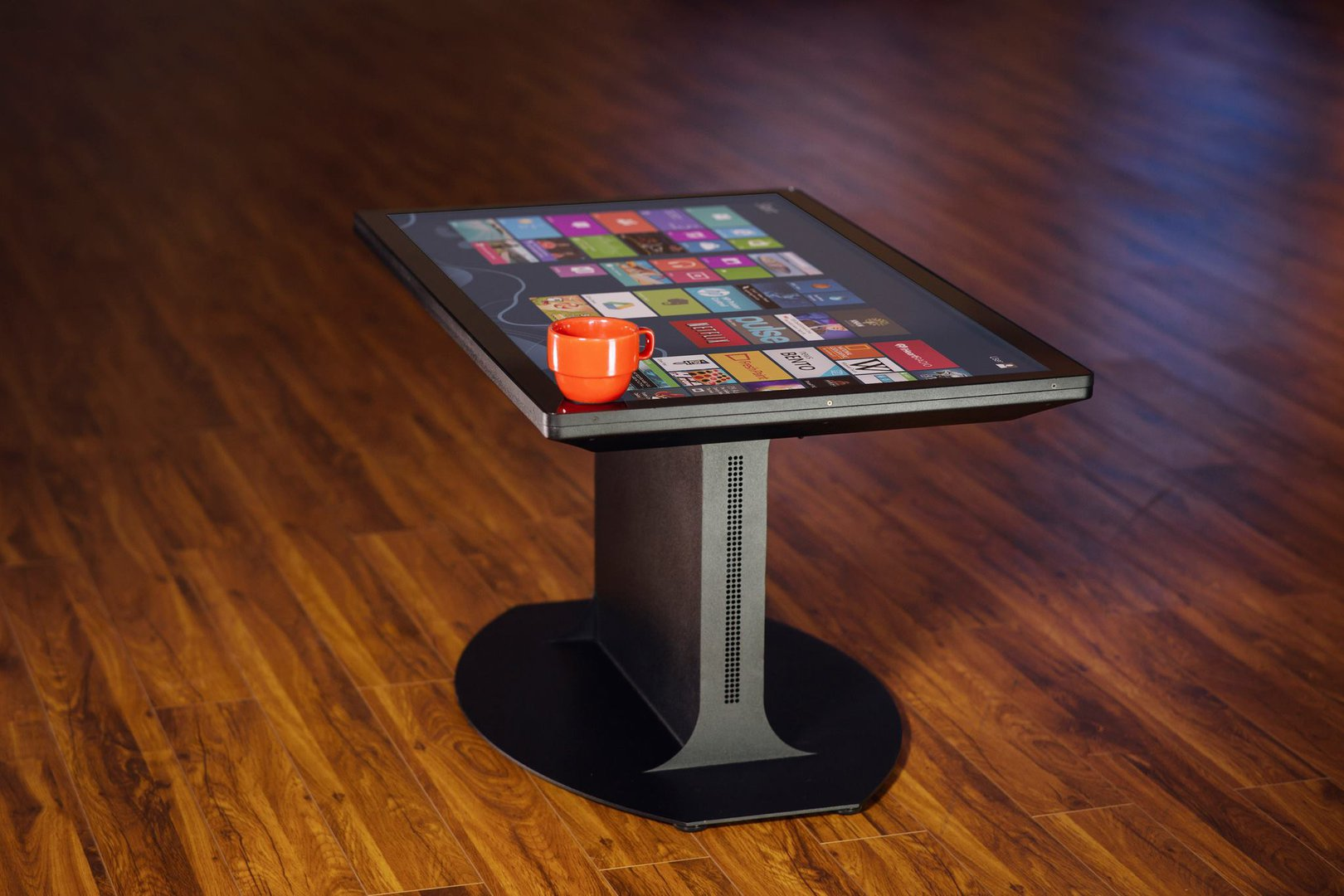The World S First Uhd 4k Multitouch Coffee Table Living Plugin