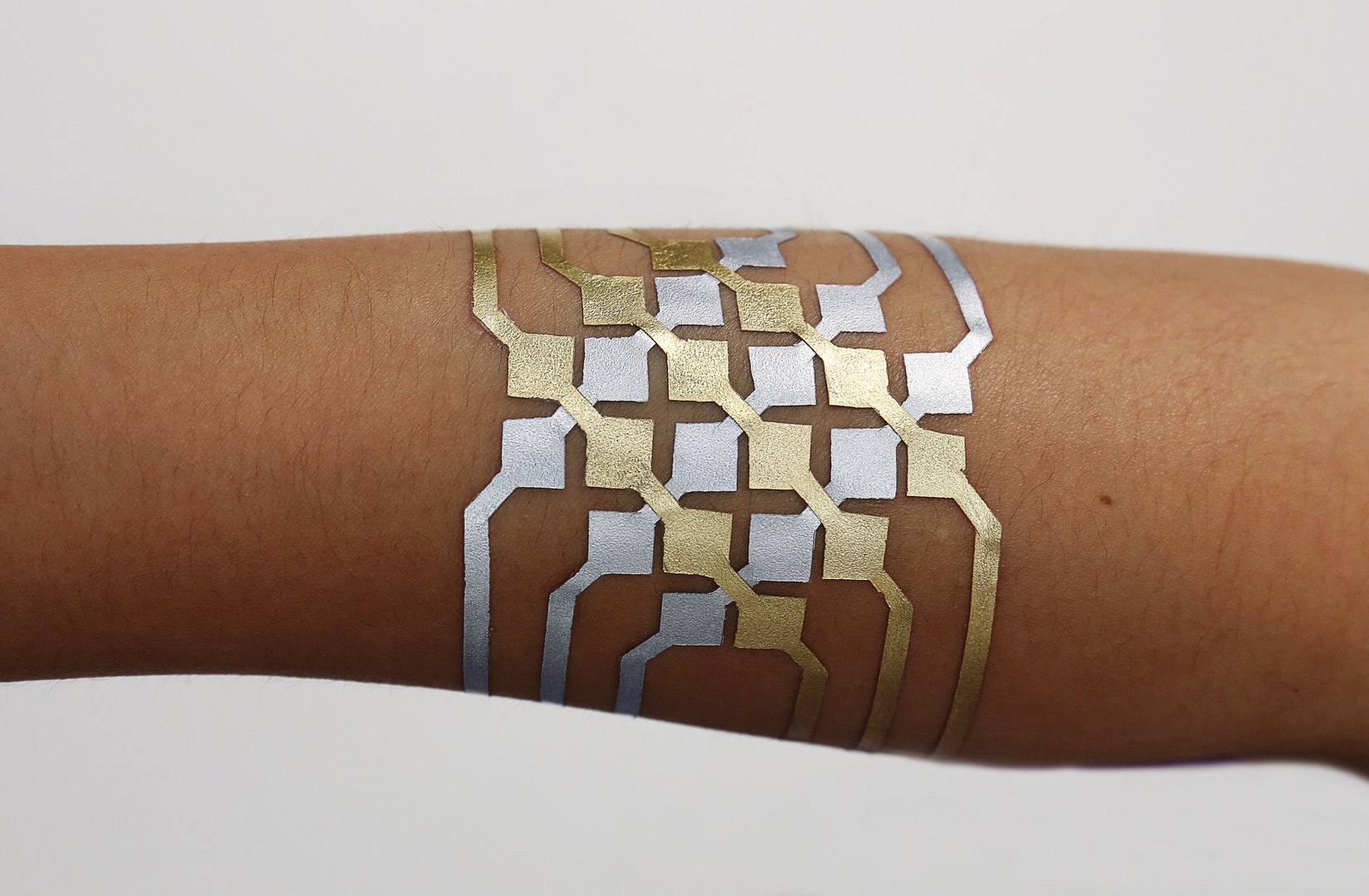 Mit S Duoskin A Temporary Tattoo On Skin User Interface