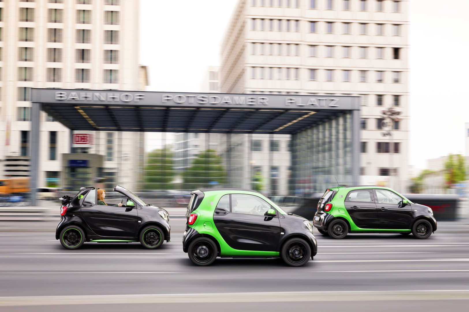 Electric Smart available in three variants - Driving ...