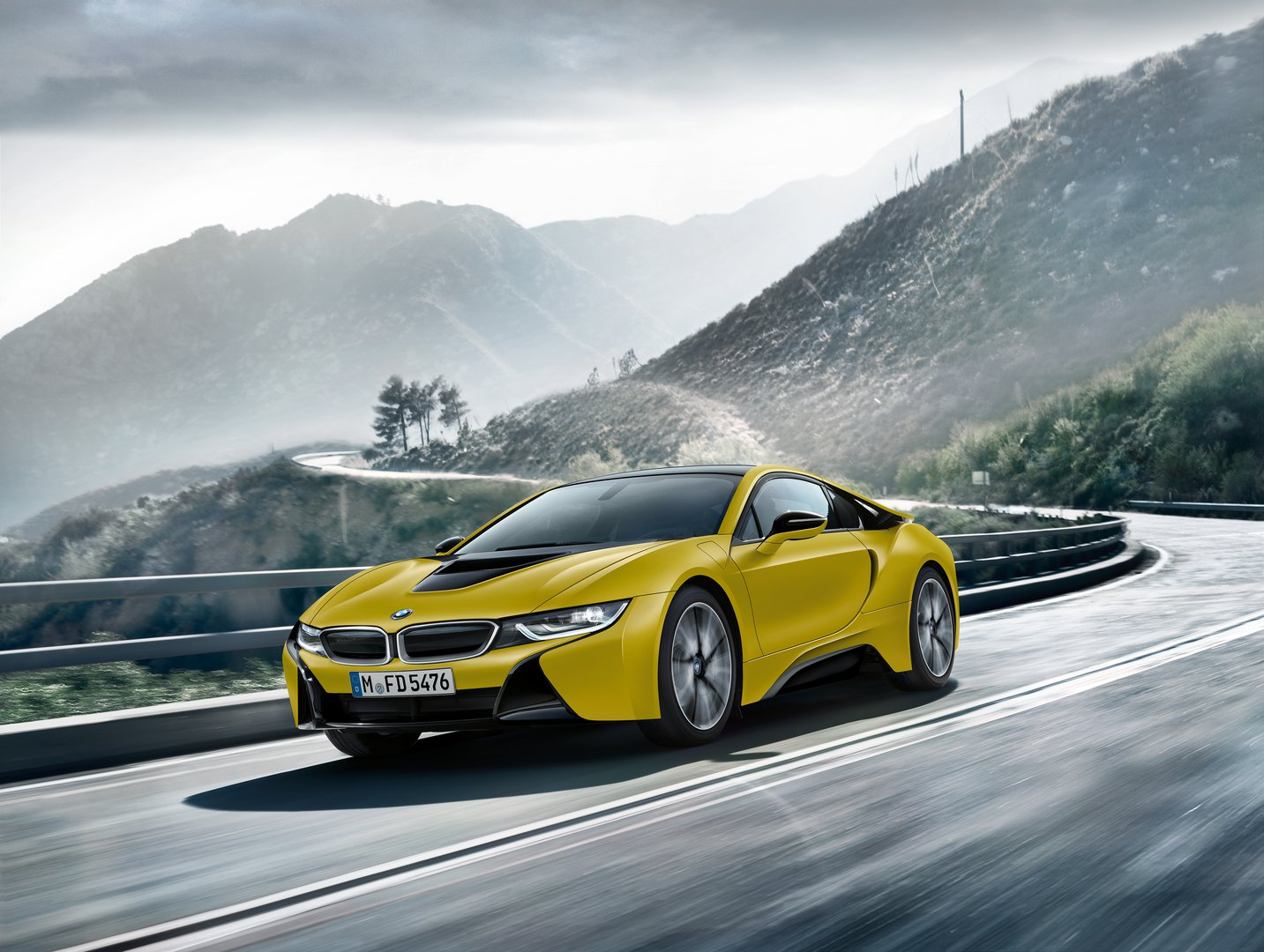 Bmw Comes To Shanghai With I8 Protonic Frozen Yellow Edition