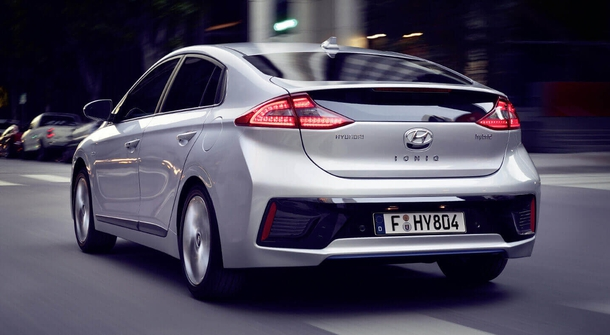 Hyundai launches IONIQ in Denmark with CLEVER Unlimited