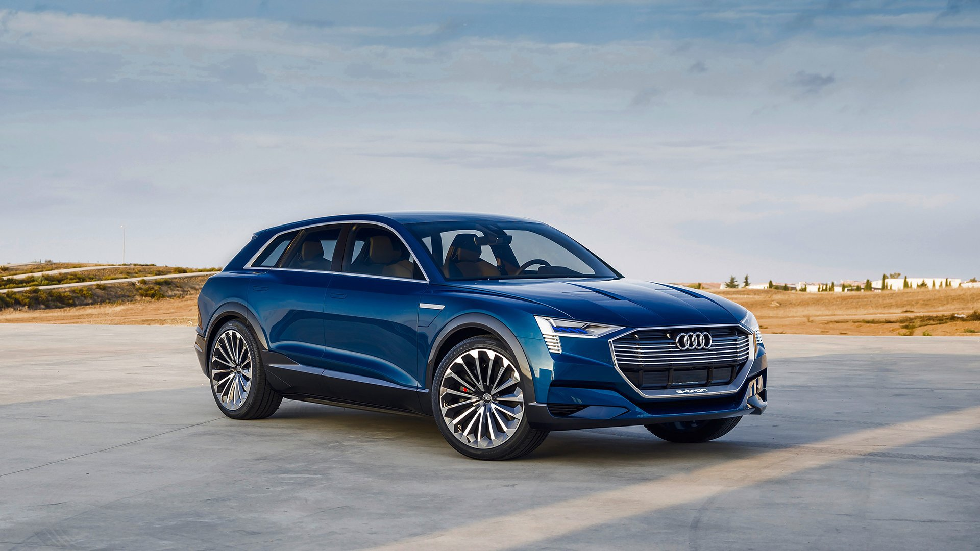 Audi Etron Quattro >> Audi Opens Reservations For All Electric E Tron Quattro Driving