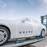 208621_first_china_built_volvo_s90_sedans_arrive_in_europe_via_ground_breaking