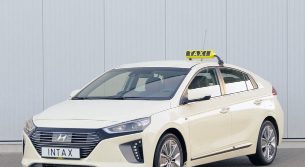 For an eco-friendly urban drive: Hyundai Ioniq turned into a taxi