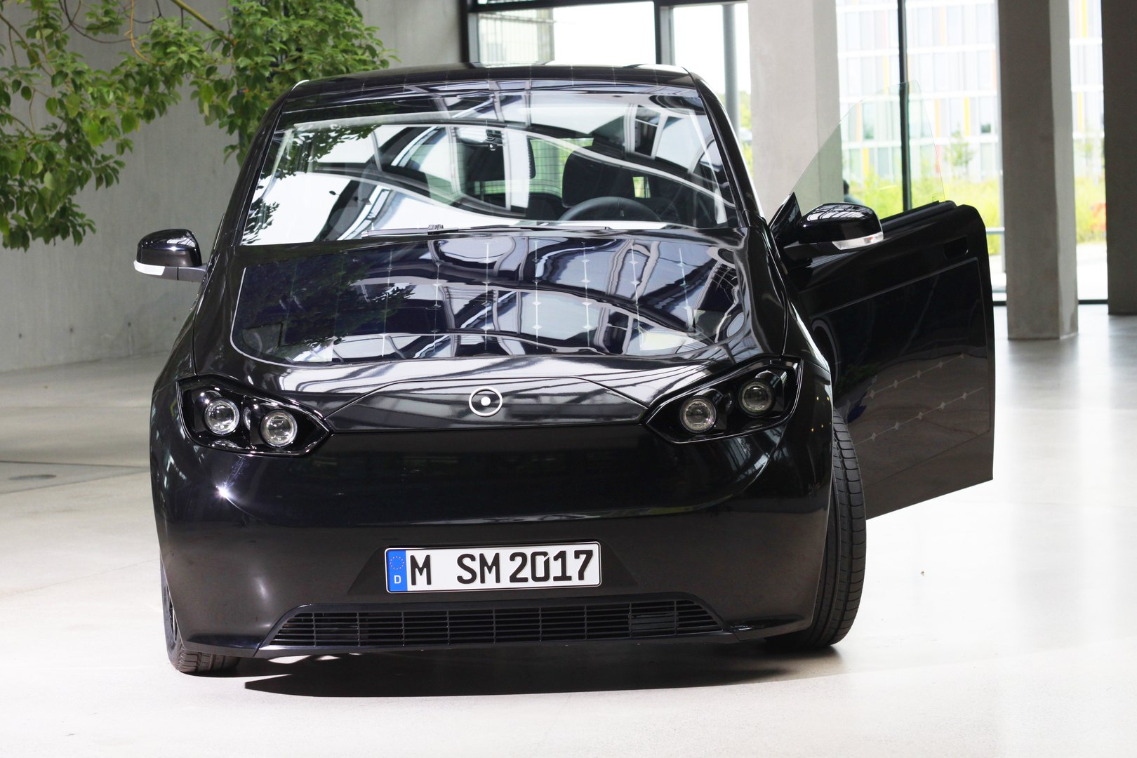 Sono Sion The Solar Powered Ev Driving Plugin