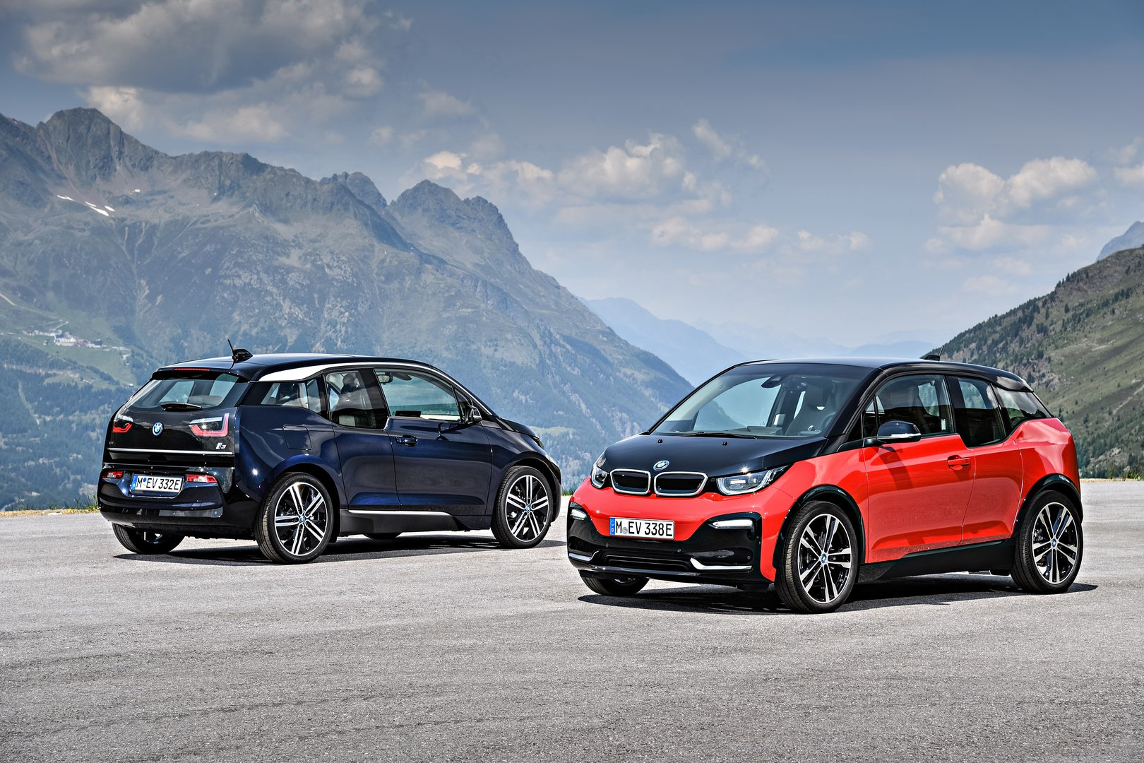 there are bmw i3s in the world driving plugin. Black Bedroom Furniture Sets. Home Design Ideas