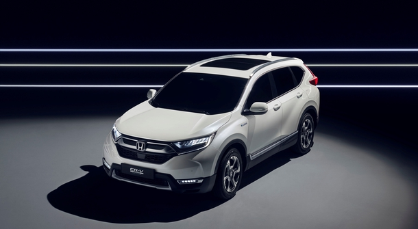 Honda CR-V wil also become a hybrid
