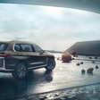 BMW X7 at first just with IC engines; hybrid comes later