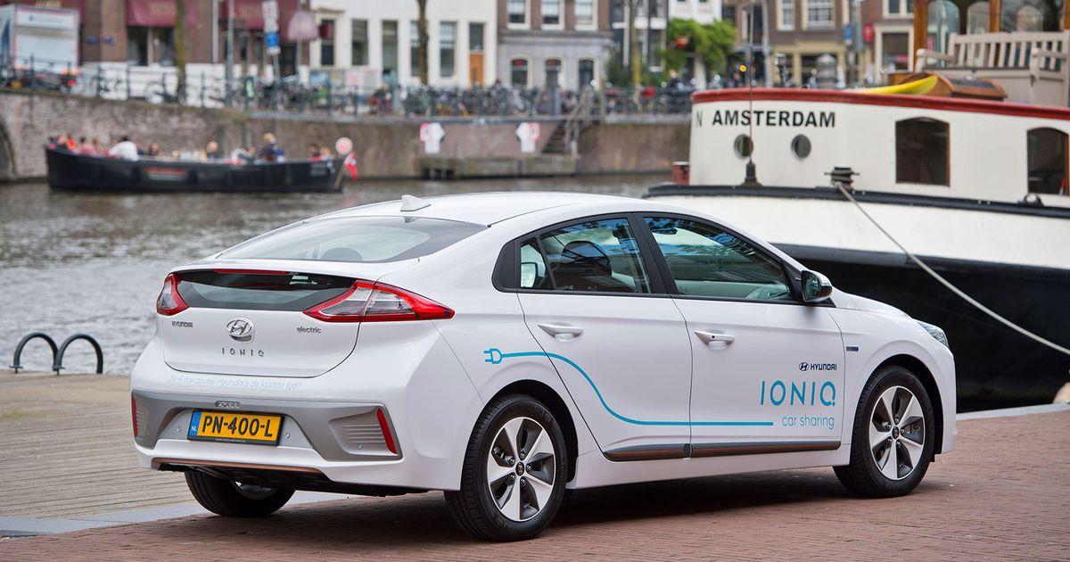 100 Electric Hyundais For Car Sharing Driving Plugin