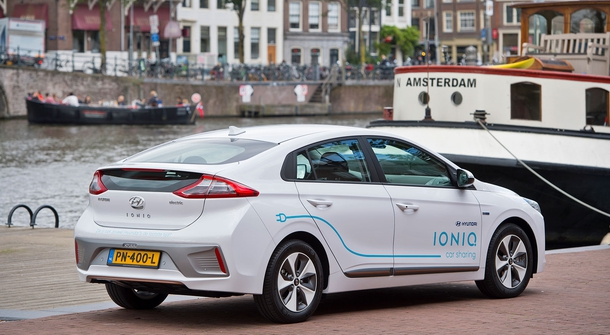 100 electric Hyundais for car sharing